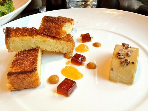 quart-quarts salé au foie gras